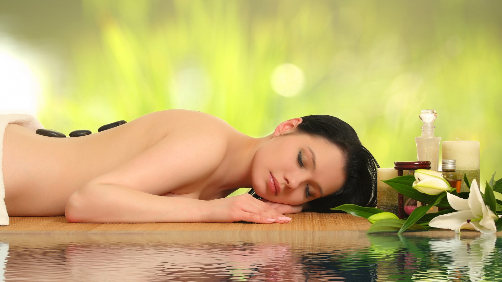Aqualon Wellness | Januar Angebot: 60 minütige Hot-Stone Massage